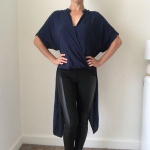 BCBGeneration Navy Blue Relaxed Fit Top Size XS